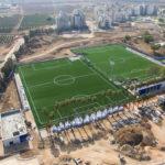 צילום אווירי הקמת מתחם אימונים ומגרשי כדורגל סינטתיים - סטודיו ארטרון - צילום פרוייקטים, בינוי פיתוח ותשתיות
